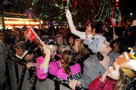 Crowds in Basildon enjoy last year's switch on