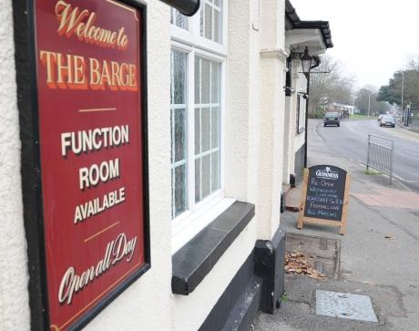 Historic pubs reopens
