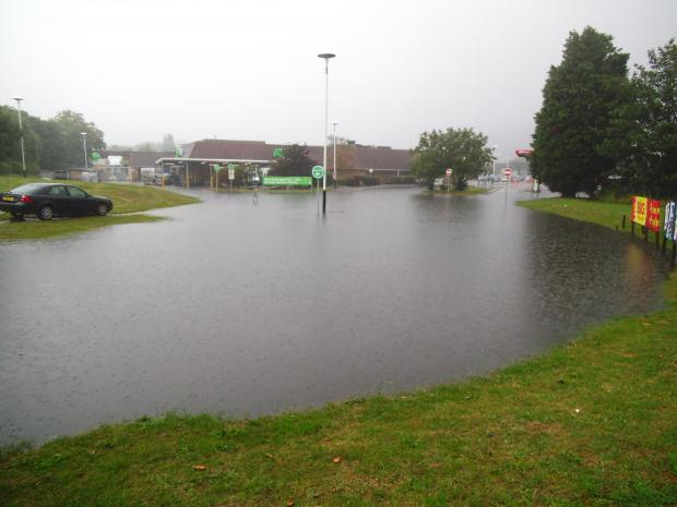 Basildon Recorder: Heavy Rain and floods