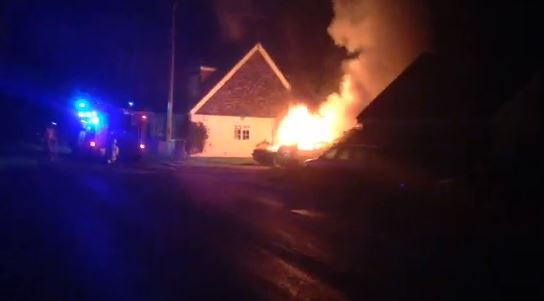 Video: Four cars go up in flames in Wickford blaze