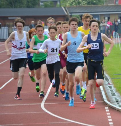 Gus Withers and Mason Webb at the front of the junior boys 1500m