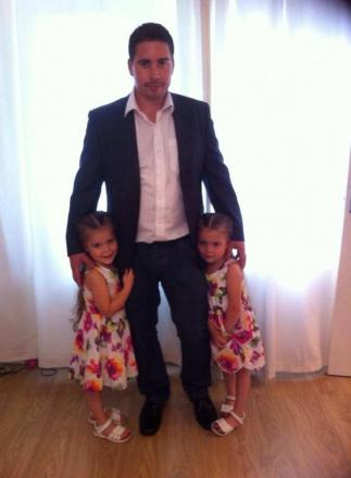 Grant Kivlehan with daughters Shaylea and Renae
